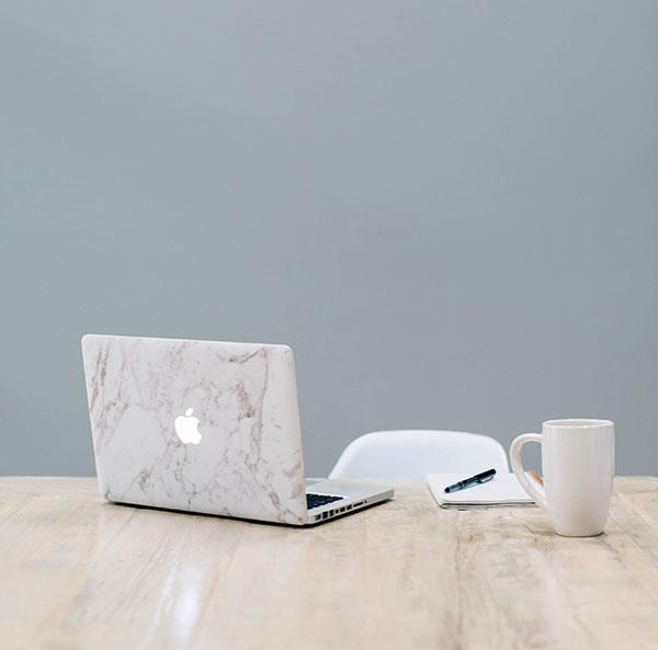 מחשב וקפה